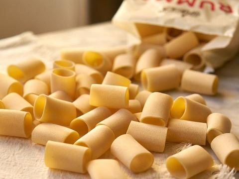 Rummo Mezzi Paccheri Rigati – miris italijanske kuhinje na vašem stolu