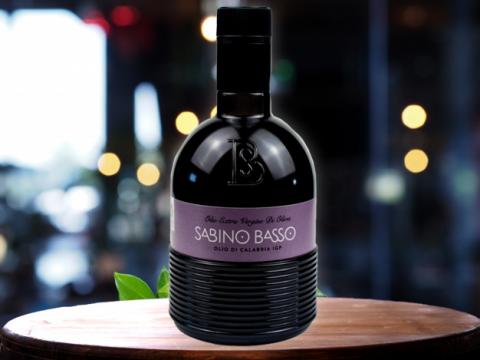 Basso maslinovo ulje sa poreklom Olio di Calabria