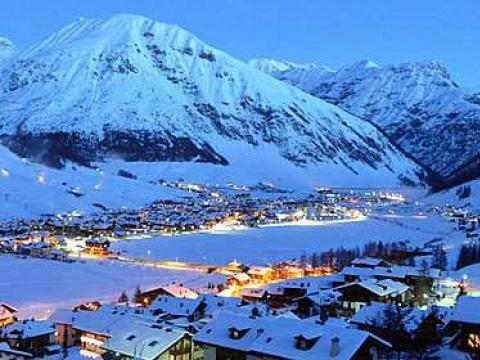 Livinjo – raj za skijaše i kupoholičare