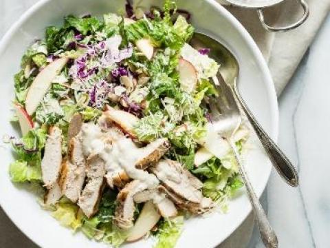 Salata sa piletinom i jogurtom