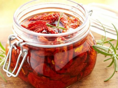 Sušeni paradajz u maslinovom ulju