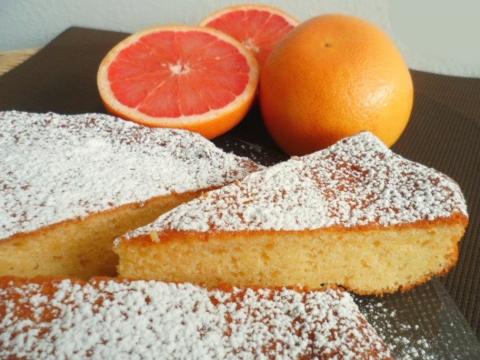 Torta con pompelmo (italijanski praznični kolač)
