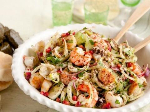 Hladna toskanska salata sa lignjama i narom