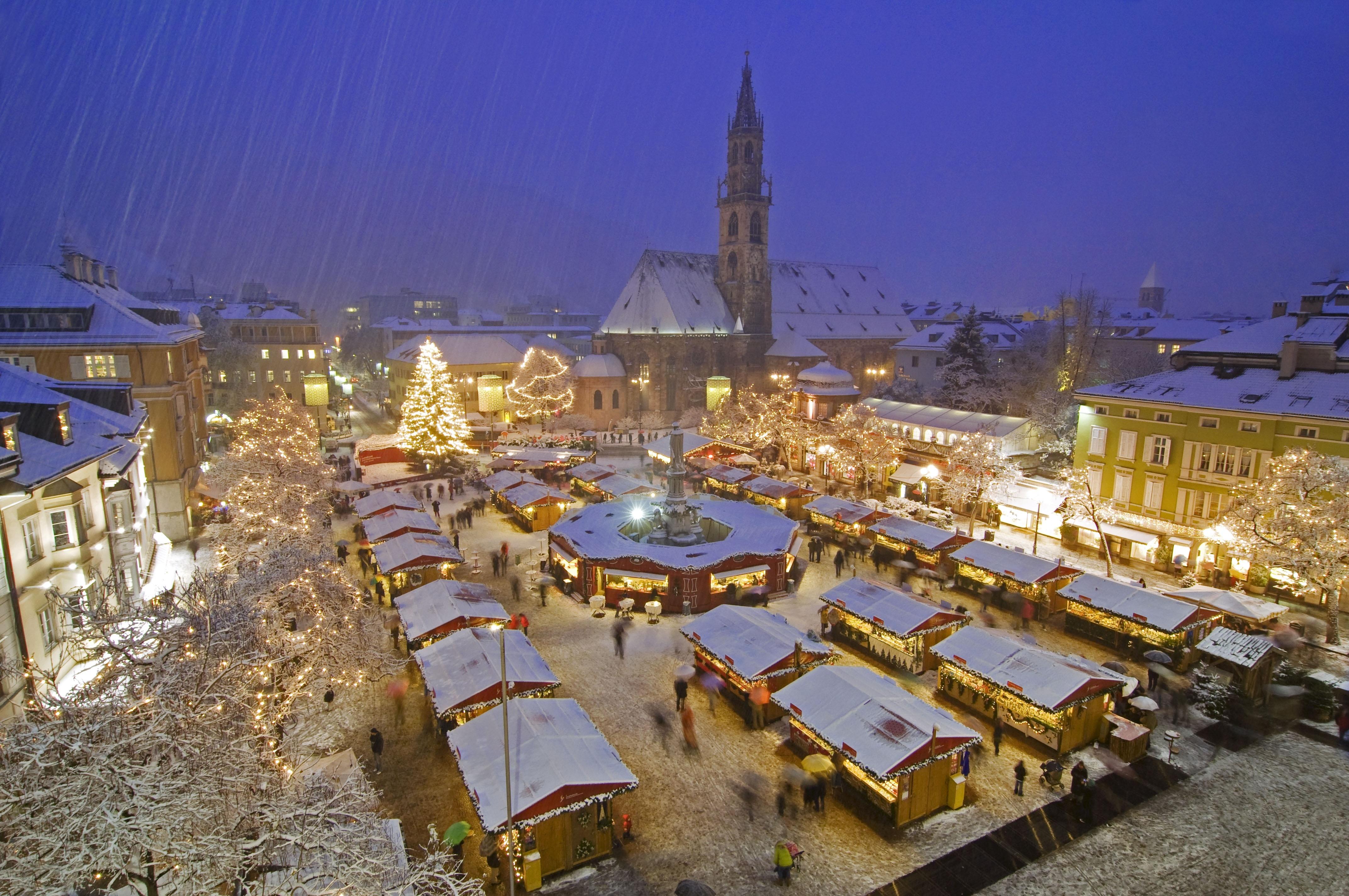 Osetite čari Božićnog vašara u Bolzanu