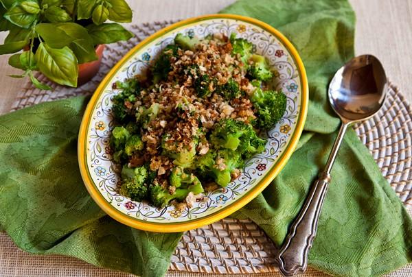 Brokoli na sicilijanski način