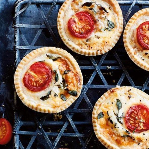 Tartalete sa čeri paradajzom