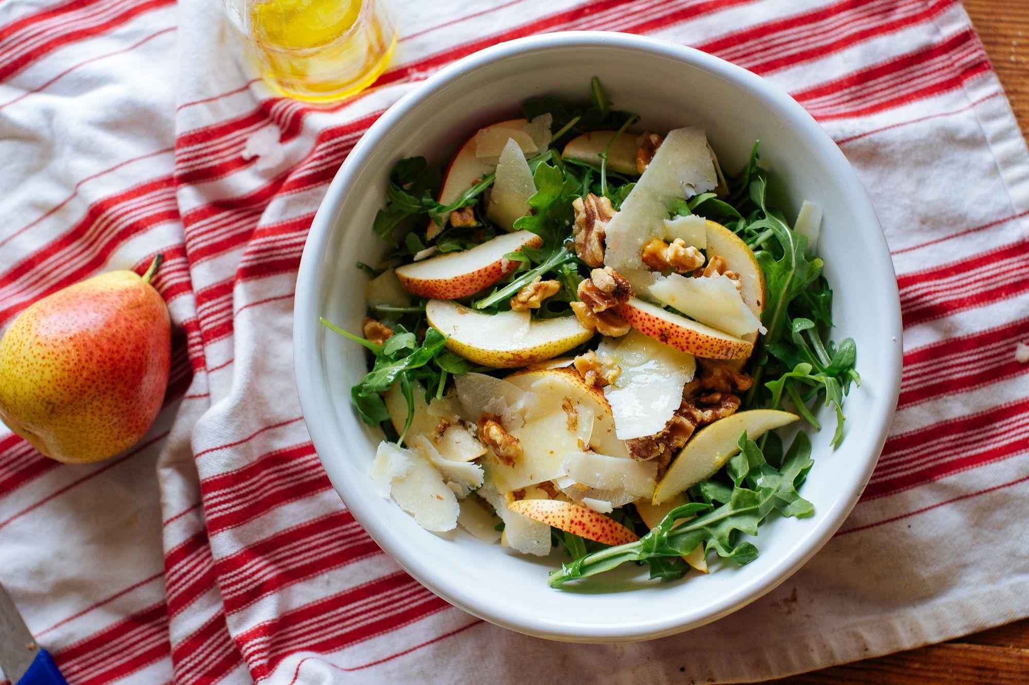 Salata sa Pronto Grana Padano sirom, rukolom i kruškama