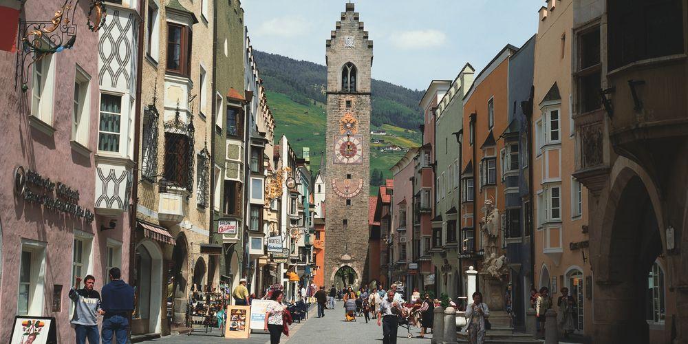 Pet alpskih gradića koje vredi posetiti ove zime